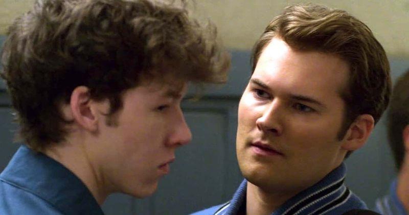 A terceira temporada de '13 Reasons Why 'ofuscará o suspense da escola com o assassinato de Bryce Walker?