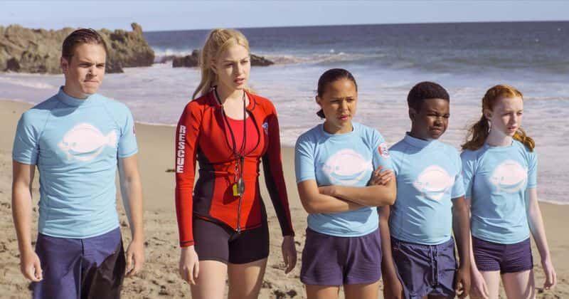 """Netflix filma """"Malibu Rescue"""" pārstrādā katru citu Disneja vai Nickelodeon pusaudžu filmu"""