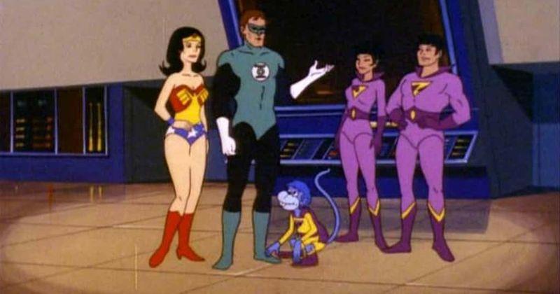 Arrowverse da CW se aproxima tentadoramente da Liga da Justiça com uma referência de 'Superamigos'