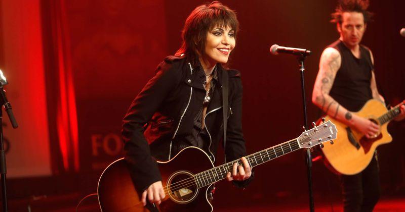 Destination Jam: tocar guitarra nas 5 melhores músicas de Joan Jett para comemorar o aniversário da icônica estrela do rock