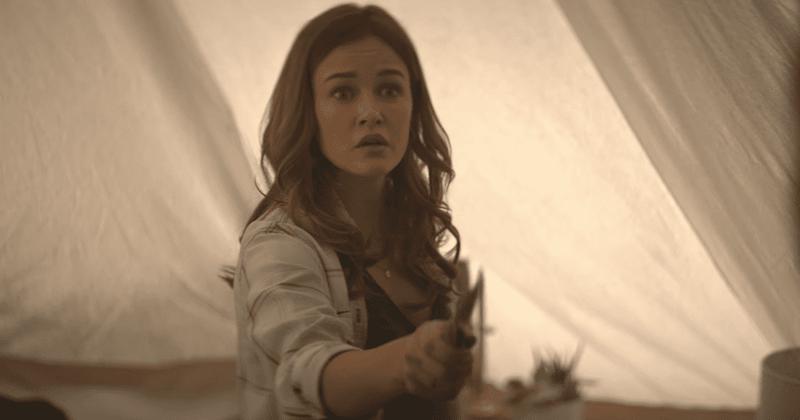 """""""Ви"""", сезона 2, епизода 5 открива како је Цандаце побегла Јоеу, чак и док породица заузима средишње место усред напетих ситуација"""