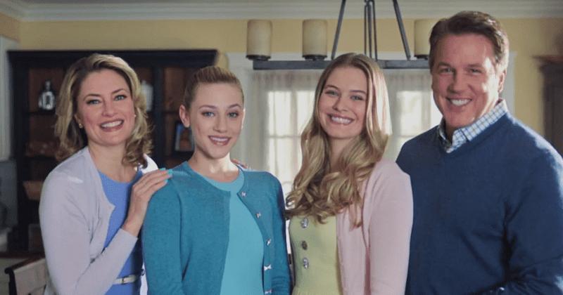'Riverdale': Zakaj se Coopers sploh skriva pri družini, ki se ponaša z očetom serijskim morilcem in mamo agentke FBI?