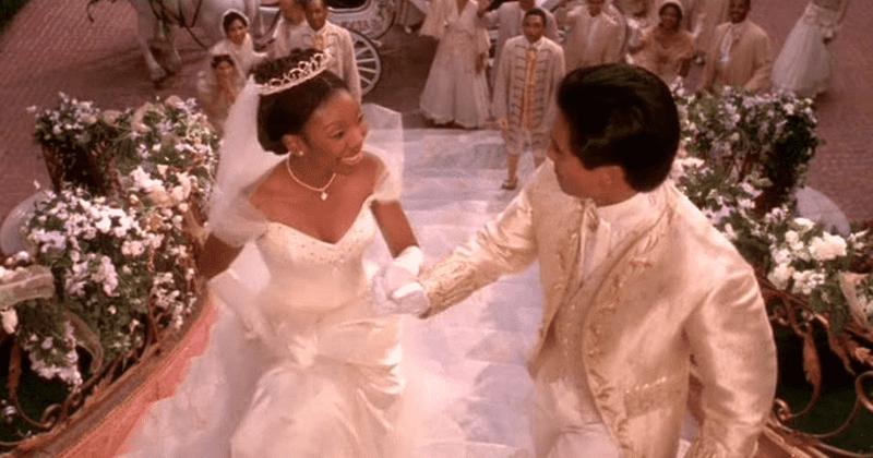 Onde está o elenco de 'Cinderela' de Whitney Houston agora? Disney Plus pronto para a forte princesa de Brandy