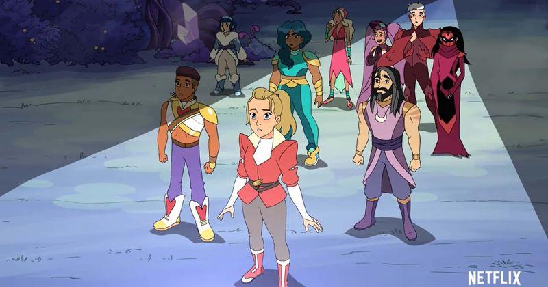 """Recenzja piątego sezonu """"She-Ra i księżniczek mocy"""": emocjonujący warsztat kończący serię"""