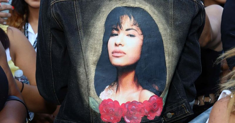 'Selena: The Real Story' sugere um suposto romance entre a estrela de Tejano e seu médico Ricardo Martinez