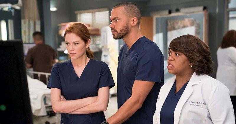 """""""Grey anatomija"""" 17 sezono 12 serija: ar Džeksonas kenkia? """"Japril"""" gerbėjai tikisi, kad balandis išgelbės šią dieną"""