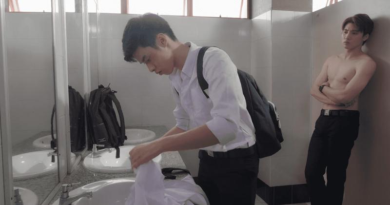 Episódio 1 de 'Hook': Man e Saifah, estudantes com conexão com o boxe, trazem-nos um novo BL tailandês. Mas vale a pena?