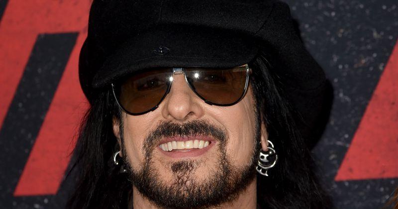 Mötley Crüe nunca entrará no Rock and Roll Hall of Fame por causa de seu comportamento anterior, revela Nikki Sixx