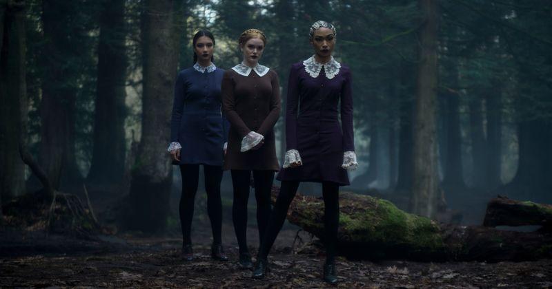 [Эксклюзивті] 'Сабринаның салқындатылған оқиғалары': Міне, сондықтан үш сұмдық апалар Netflix сериясындағы ең салқын «фактор» болып табылады