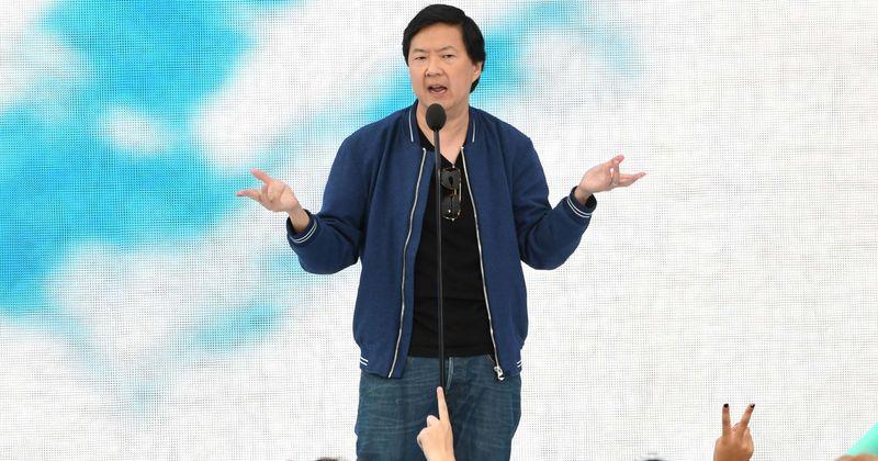 'I Can Hear Your Voice': Conheça o famoso apresentador Dr. Ken Jeong, que antes conciliou residência médica com carreira de comédia