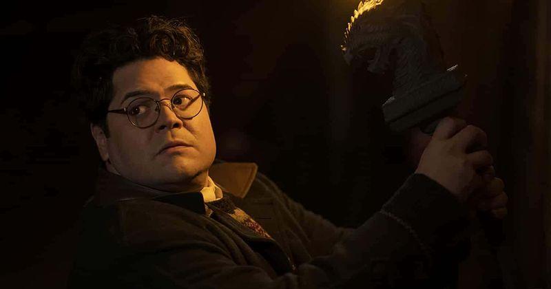 'WWDITS' 2. sezonas 7. sērijā enerģijas vampīrs Kolins atklāj troļļošanos un satiekas ar reālu mītisko trolli