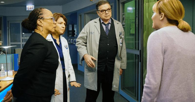 O episódio 17 da 5ª temporada de 'Chicago Med' reúne todo o elenco em seu centésimo, mas um pode sair em breve