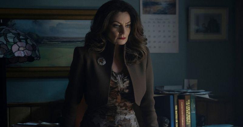 'Chilling Adventures of Sabrina' kaže, da je Stolas več kot le gospa Satan, saj je demon