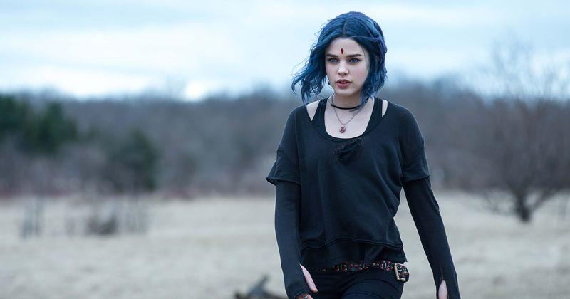 2ª temporada de 'Titãs': Rachel precisa descobrir segredos sobre o pai Trigon para controlar seus poderes sombrios