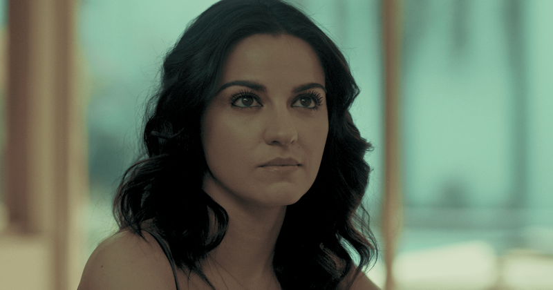 'Dark Desire' da Netflix: Maite Perroni é 'extraordinária' enquanto os fãs bajulam 'belo esquisito' Alejandro Speitzer