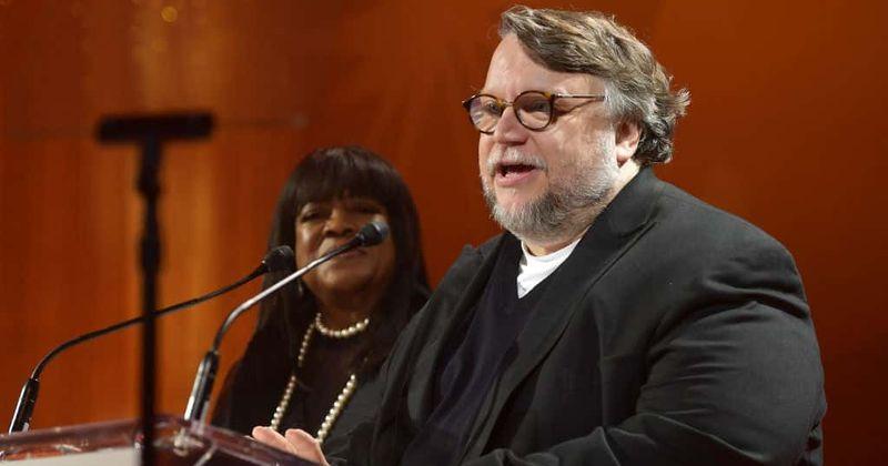 Guillermo del Toro dirigirá a primeira série de antologia de terror da Netflix '10 Past Midnight '