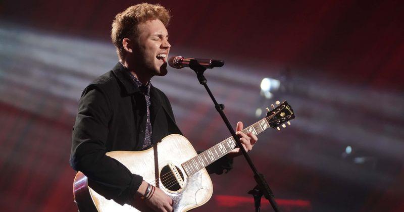 O que aconteceu com Hunter Metts? O cantor de 'American Idol' chora no palco, os fãs dizem 'tudo bem ficar nervoso'