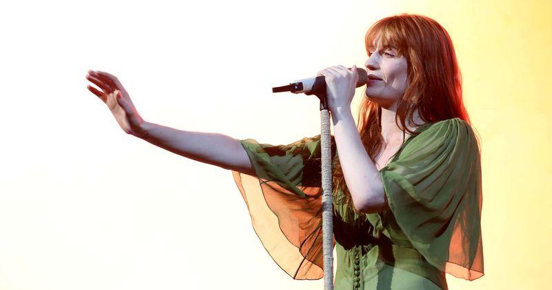 Florence + the Machine ispuštaju novu pjesmu 'Light Of Love', a tekstovi su upravo ono što nam trenutno treba