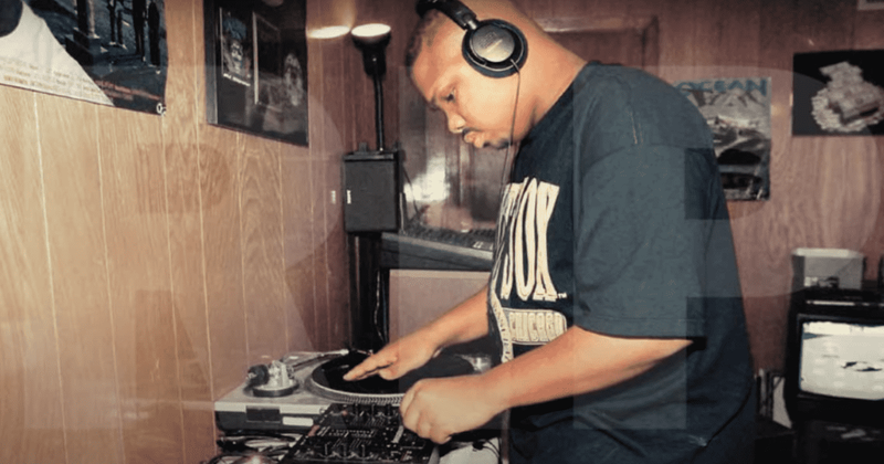 Os fãs de DJ Screw criticam a tendência 'Slowed and Reverb', chame-a de gentrificação do estilo musical 'Chopped and Screwed'
