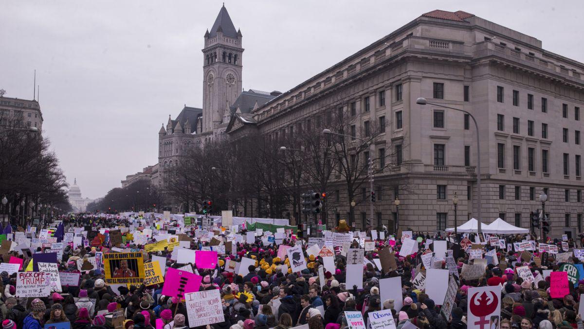 Числа за март на жените: Ето снимките на избирателната активност и тълпата за 2019 г.