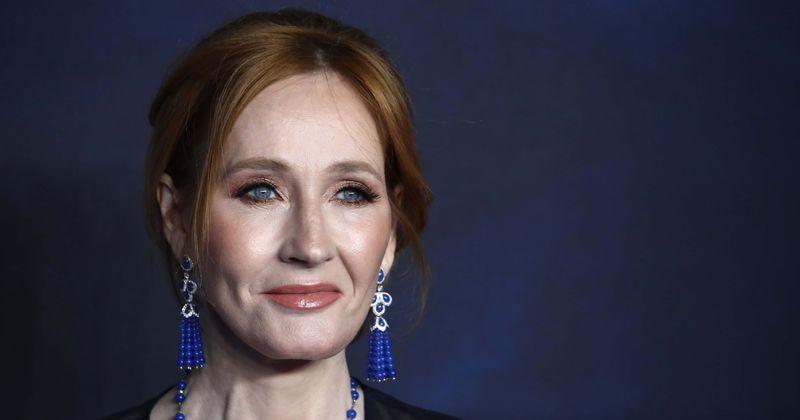 JK Rowling rotulada de 'racista' como a internet a censura por nomear o personagem asiático de Harry Potter Cho Chang