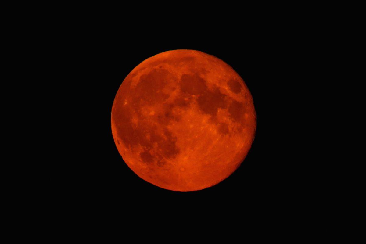 Supermoon Lunar Eclipse: Mito, Significado e Predição