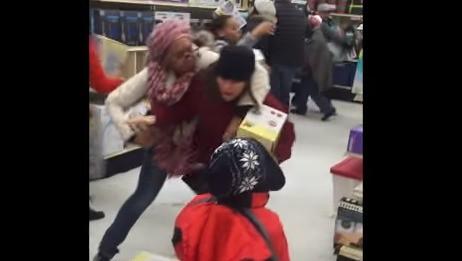 Black Friday Fights: os vídeos que você precisa ver