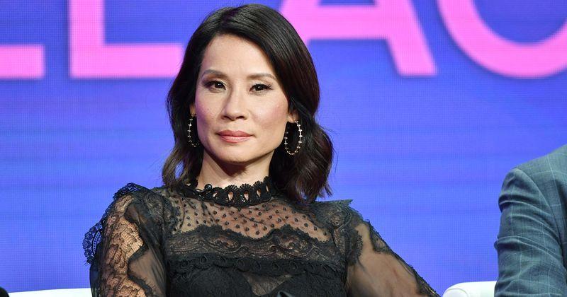 Lucy Liu, estrela de Charlie's Angels, se torna a segunda mulher asiático-americana a receber estrela da Calçada da Fama de Hollywood