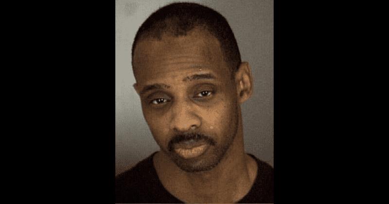 Pai homofóbico de Nevada supostamente atirou em um filho de 14 anos após descobrir que ele era gay e tinha namorado
