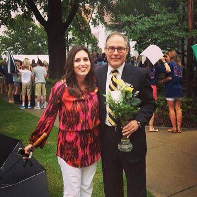 La femme et les enfants de Scott Pruitt: 5 faits rapides que vous devez savoir