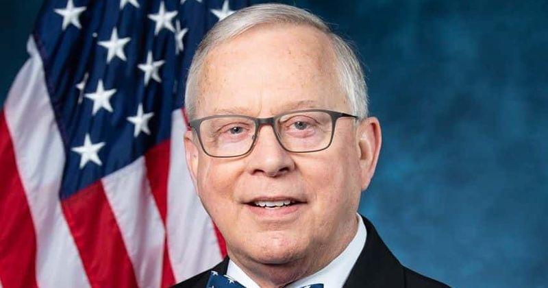 Como Ron Wright morreu? O congressista republicano de 67 anos, do Texas, queria que mulheres fossem presas por abortos