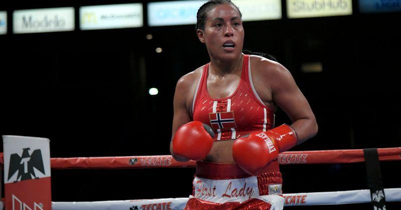Cecilia Brækhus: Conheça a 'primeira-dama' do boxe, um dos GWOATs que o esporte já viu