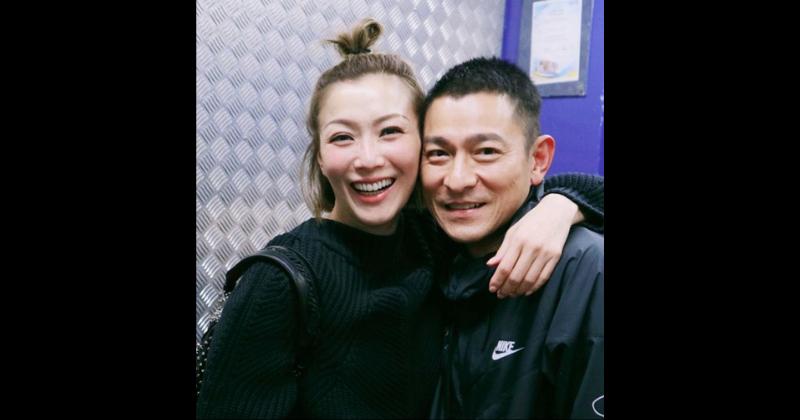 O 'casal de ouro' da Cantopop, Andy Hui e Sammi Cheng, viu muitos altos e baixos em seu relacionamento de décadas