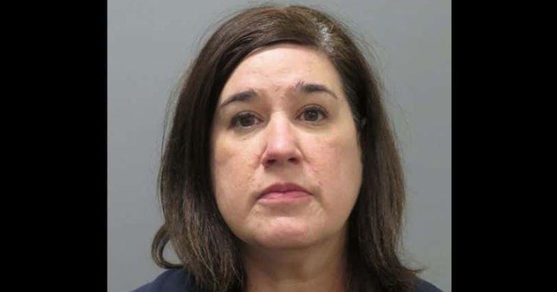 Quem é Ashleigh Landry? Diretor da escola de ensino médio da Louisiana, 44, preso por fazer sexo com um menino menor