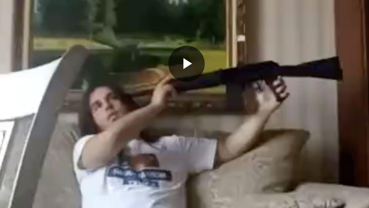 Video 1444: Den virale YouTube 'forbandelse' video forklaret