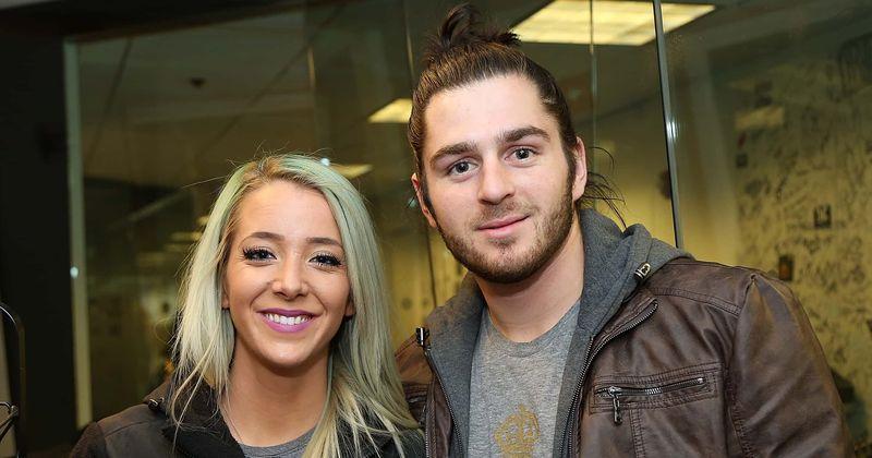 Jenna Marbles- ը և Julien Solomita- ն նշանվել են. Inside vlogger duo- ի սիրային պատմությունը, երբ երկրպագուները նրանց անվանում են «ուժային զույգ»
