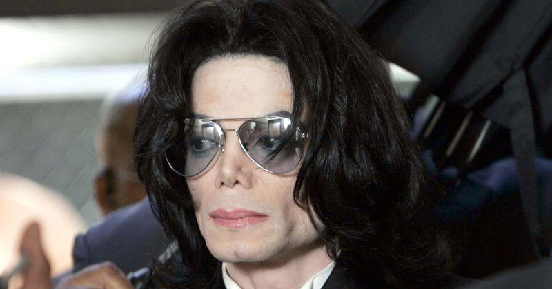 Marlon Brando nunca disse que Michael Jackson 'fez mal às crianças', o filho do ator chama de 'golpe publicitário barato'
