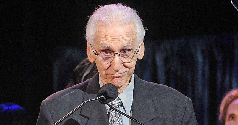 Hvem var Joe Long? En titt på Four Seasons ex-bassgitarist og NJ hall of famer's life after Covid death at 88