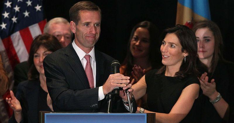 Onde está a esposa de Beau Biden, Hallie Olivere agora? Aqui está o que aconteceu com ela depois do caso Hunter Biden