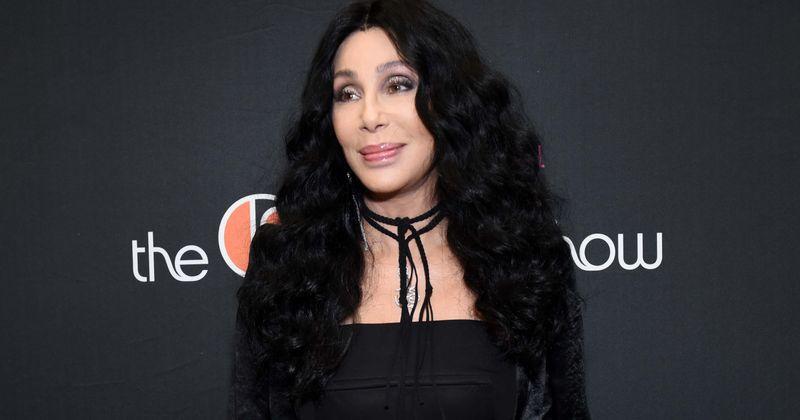Cher kaže da je Sonny Bono bio 'ogroman ženskaroš' i da mu 'jedna žena, ili čak pet, nije bila dovoljna'