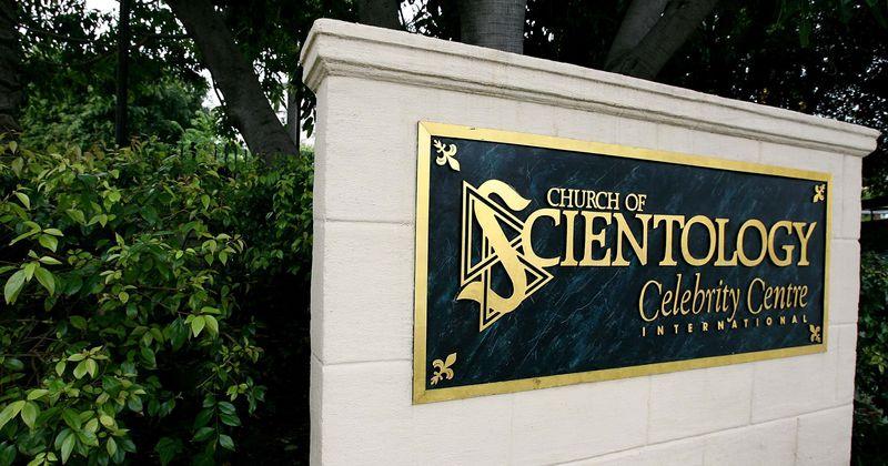 A Igreja da Cientologia está lentamente assumindo o controle de uma cidade da Flórida, comprou uma propriedade no valor de US $ 100 milhões em apenas três anos
