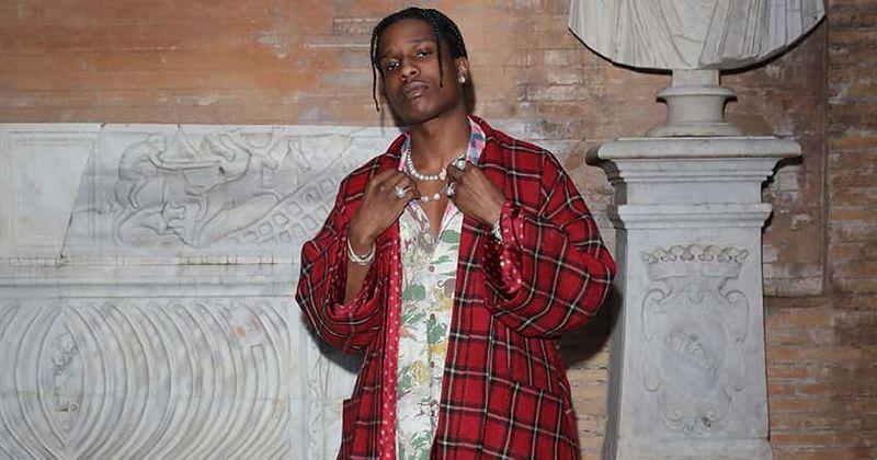 A $ AP Rocky 'gay envergonhado' sobre o anúncio Fenty Skin de Rihanna, os fãs perguntam 'como a arte do prego mostra preferência sexual?'