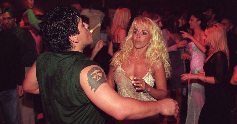 Quem são a ex-mulher de Diego Maradona, Claudia Villafañe, e a ex-noiva Rocia Oliva? A escandalosa vida amorosa de uma estrela