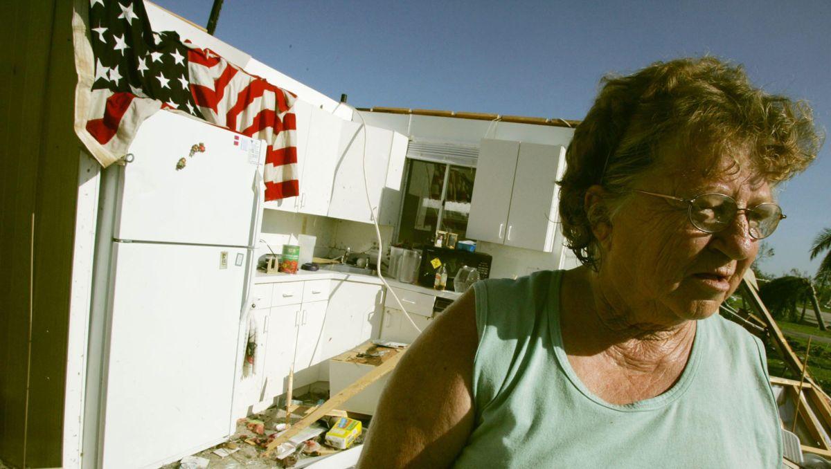 """Uraganas """"Charley"""": 5 greiti faktai, kuriuos reikia žinoti"""