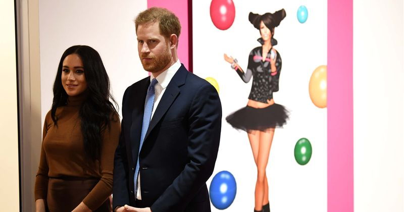 Adolescente com câncer morre semanas após conhecer Meghan Markle e o Príncipe Harry em sua turnê real pela Nova Zelândia