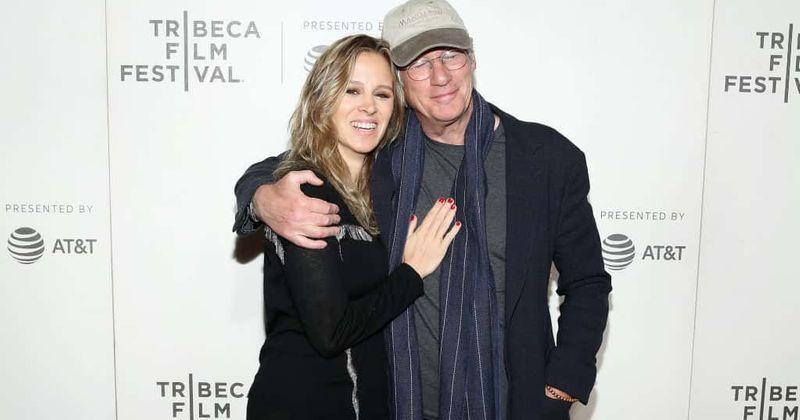 Richard Gere 'najsrečnejši človek v vesolju' po 'pravljični' poroki s punco Alejandro Silvo